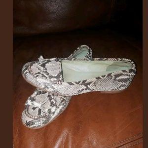 Shoes - Henry Cuir Snake Shoe Flats size 37 1/2 Italian